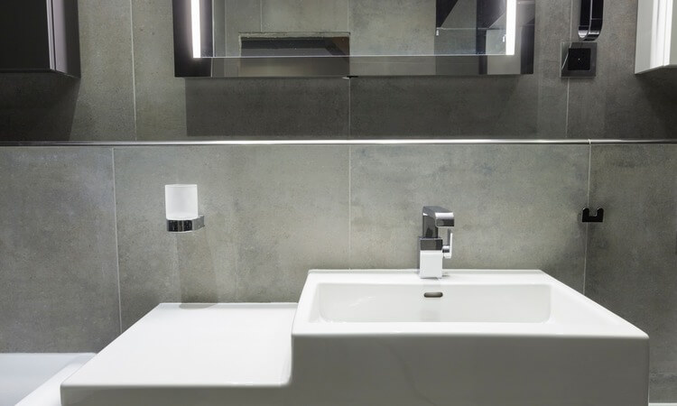 The 7 Best Lighted Bathroom Mirrors