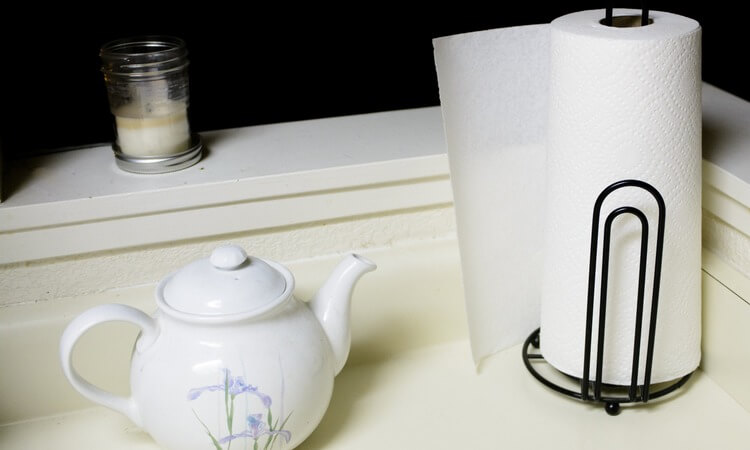 The 7 Best Standing Paper Towel Holders For Hotel Bathrooms