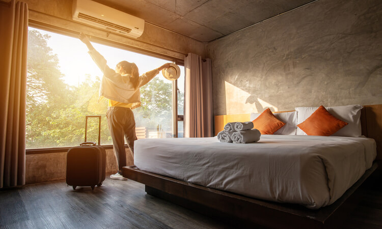 What Is A Hotel Guest? – Knowing Your Customers