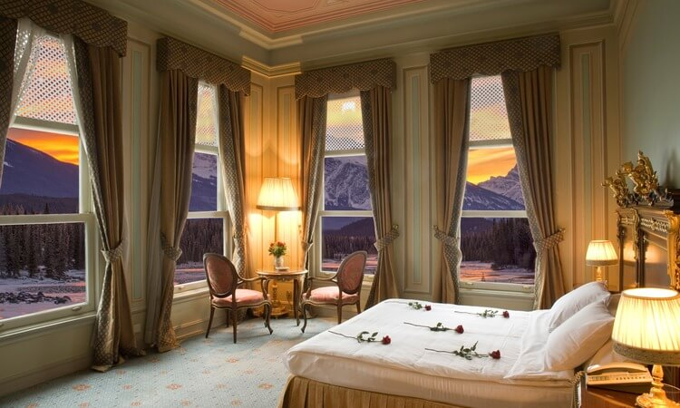 What Is A Hotel Suite? - A Guide For Travelers