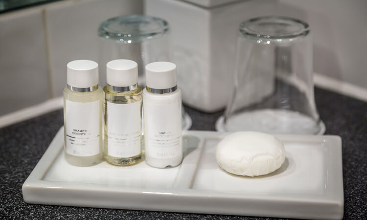How Much Do Hotels Spend On Toiletries? – Facts And Figures